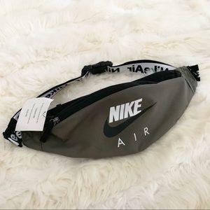 🌸 NIKE FANNY Pack Hip Pack Bag Shoulder backpack